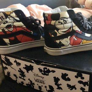 Disney Sk8 Hi Vans
